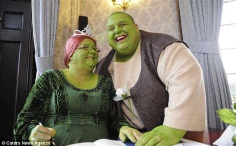green  envy couple dress   shrek