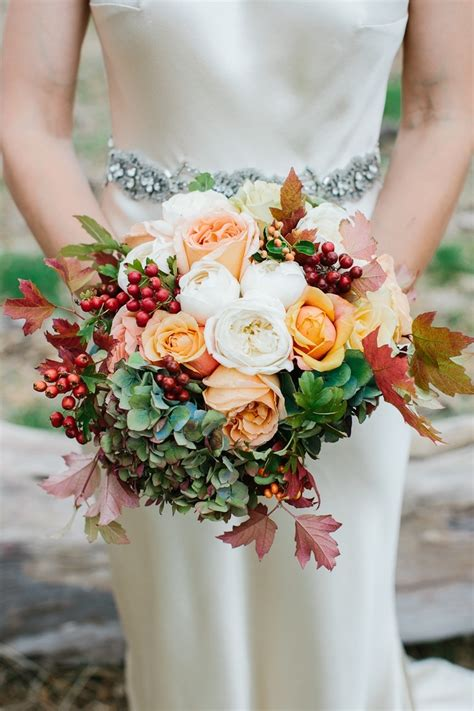 top  swoon worthy wedding bouquets  autumn brides