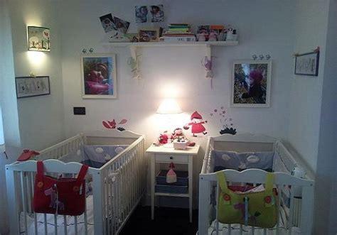 chambre de bébé jumeaux décoration chambre bébé jumeaux bébé et décoration