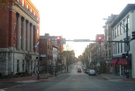 File:Hagerstown Downtown Potomac St.JPG - Wikimedia Commons