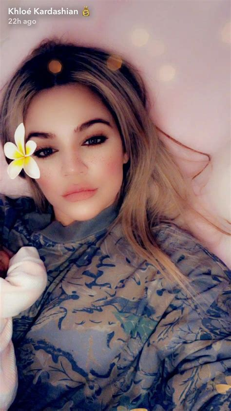 Khloé Kardashian Shares First Picture of Baby True