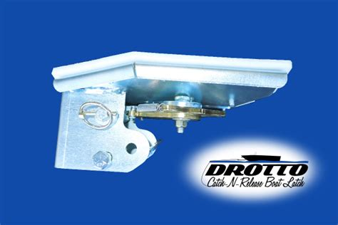 Automatic Boat Latch by Drotto Automatic Boat Latch Detail Catch N Release