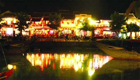 hoi  lights   full moon festival sunday