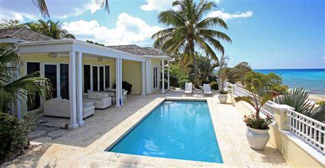 bedroom beachfront home  sale nassau bahamas  heaven properties