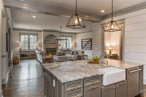 farm kitchen design friday favorites farmhouse kitchens house of hargrove 3676