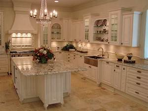 Traditional, Kitchen, Design, With, White, Cabinets, And, Marble, Countertop, For, The, Island, Glass, F