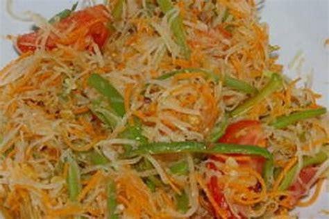 cuisiner la papaye recette salade de papaye verte inratable 750g