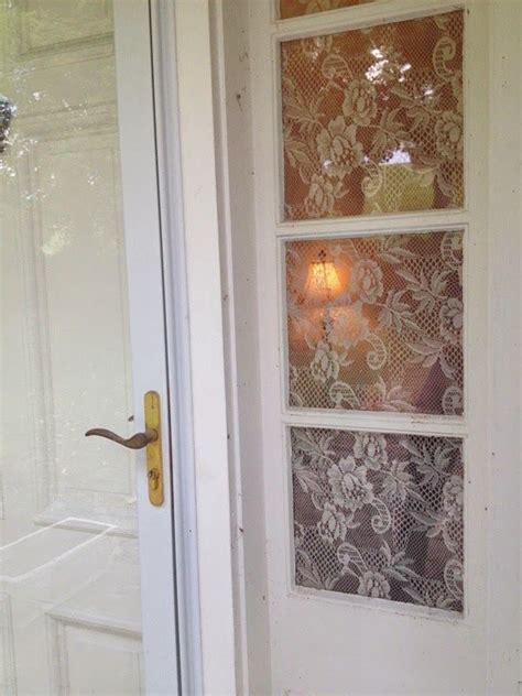 corn starch  lace  privacy windows   diy