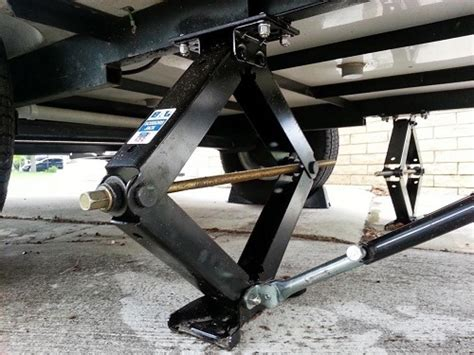 Everything You Need To Know About Floor Jacks