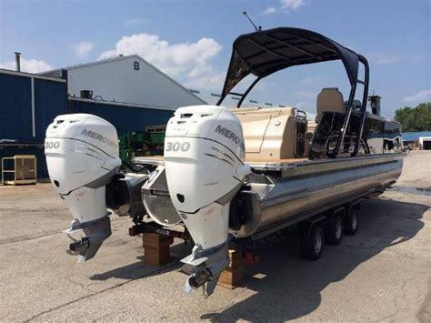 tahoe luxury pontoon boats  sale