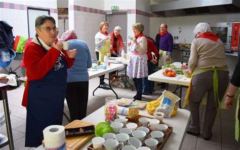 projet atelier cuisine la cuisine au cœur d un projet intergénérationnel sud