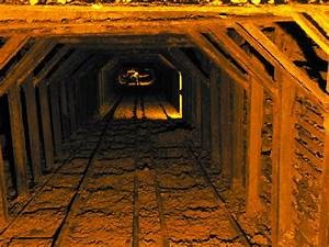 Woman's body found in Mojave Desert mine shaft | 89.3 KPCC