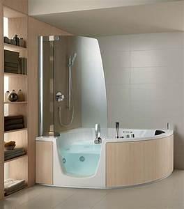 Badewanne Mit Whirlpoolfunktion : kompakte eck badewanne mit whirlpool funktion f r vollste entspannung ~ Orissabook.com Haus und Dekorationen