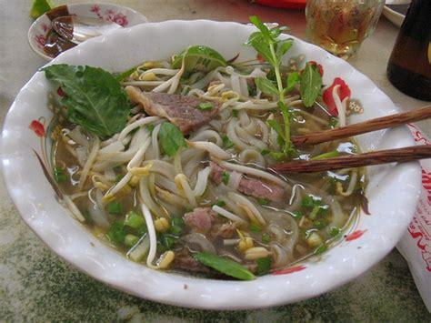 la cuisine vietnamienne cuisine vietnamienne plats typiques et spécialités