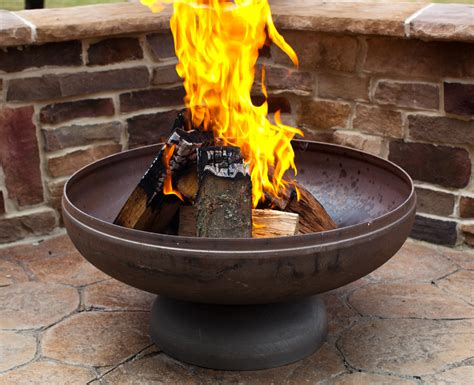Fire Pit From Ohio Flame Looks Great In Our Yard This Autumn