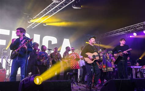 Blur performed a surprise gig in London last night - here ...