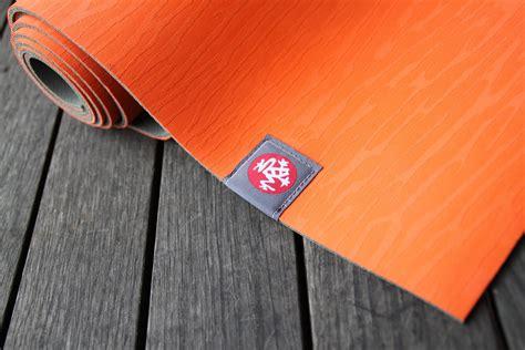 fabriquer un canapé avec un matelas bien choisir tapis de mousse