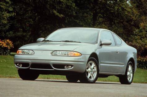 Hyundai Alero by 1999 Oldsmobile Alero Overview Cargurus