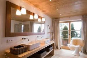 Holz Für Badezimmer : 7 tolle ideen f r badezimmer mit holz ~ Frokenaadalensverden.com Haus und Dekorationen