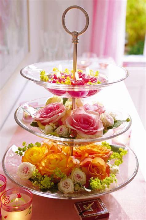 utiliza  frutero  mostrar tus flores frescas