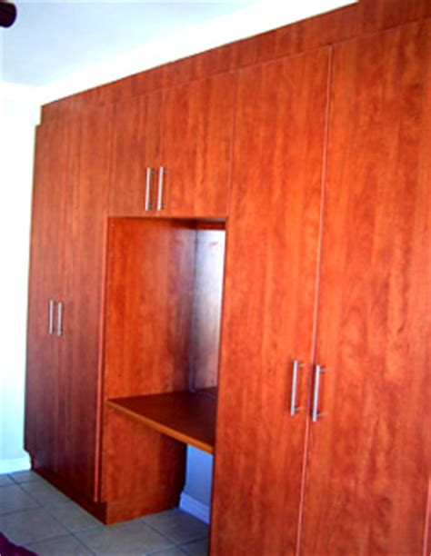 Diy Built In Bedroom Cupboards by Cherry Royal Melamine Bedroom Cupboards With Mirror And