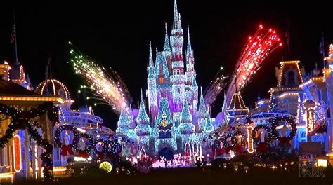 Cinderella Castle At Night Wallpaper Mickey 39 S Very Merry Christmas Party At The Magic Kingdom Walt Disney World 2014 Event Overview