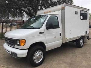 Ford Econoline  1995    Van    Box Trucks