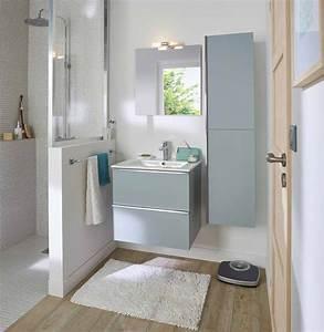 comment amenager une douche dans une petite salle de bains With carrelage adhesif salle de bain avec profil led castorama