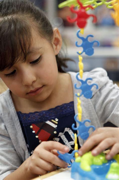 experts offer tips on picking a preschool in utah the 518   wkd preschool 032612~1
