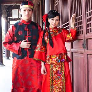 traditional clothes traditional clothing models picture
