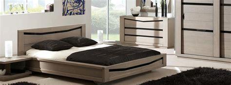 chambre a coucher moderne en bois massif chambre à coucher en bois et rangements meubles bois massif