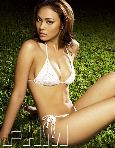 Queen Naked A Thai Film Actress Bongkoj Khongmalai Biography And Basic Facts