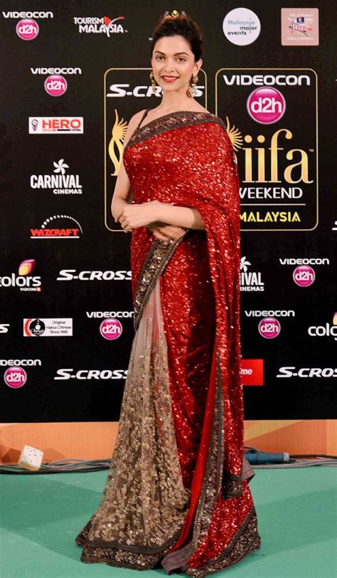 Bollywood Actress Saree Collections: Deepika padukon ...