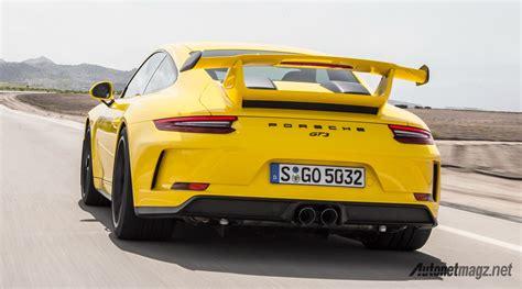 Gambar Mobil Gambar Mobilporsche 911 by Porsche 911 Gt3 2018 Yellow Autonetmagz Review Mobil
