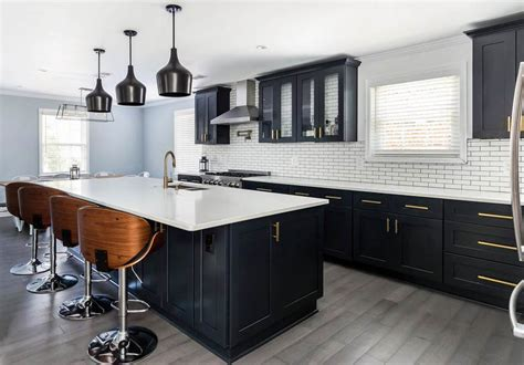 Kitchen Floor Ideas With Black Cabinets by Beautiful Black Kitchen Cabinets Design Ideas