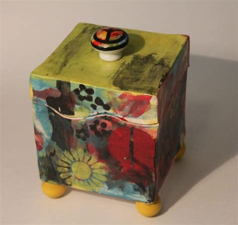 Lidded Box Template by 17 Best Ideas About Ceramic Boxes On Ceramica