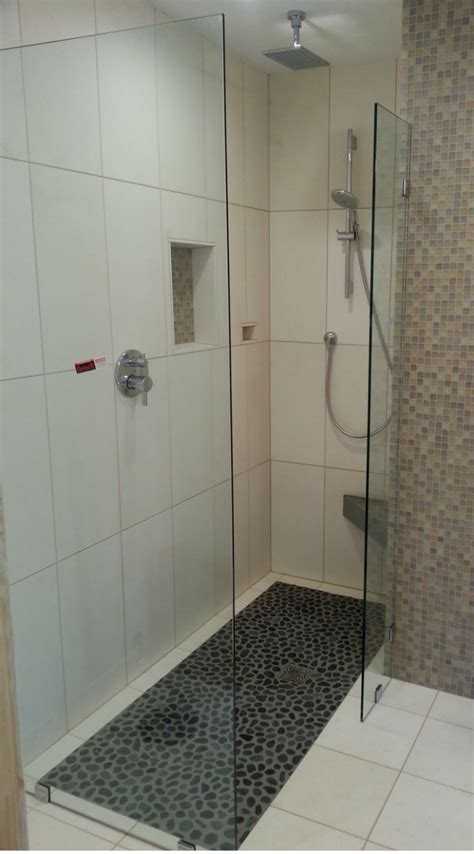 Walk In Shower For Small Bathroom by 5 Simple Tricks To Design A Walk In Shower For A Tiny