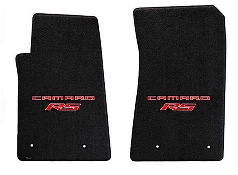black floor mats   camaro embroidered logo rs