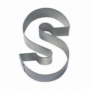 Emporte Piece Lettre : emporte pi ce lettre s stadter 6 5cm ~ Melissatoandfro.com Idées de Décoration