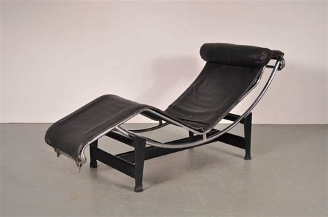 chaise longue le corbusier vache lc4 chaise longue by le corbusier for cassina italy