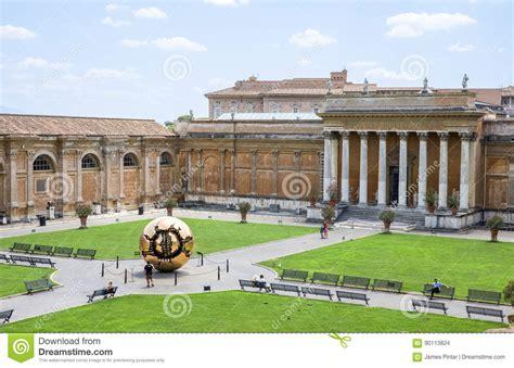 cortile belvedere cortile di belvedere al vaticano immagine stock editoriale