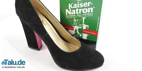 Stinkende Schuhe Natron by Was Hilft Gegen Stinkende Schuhe Diy Haushaltstipps