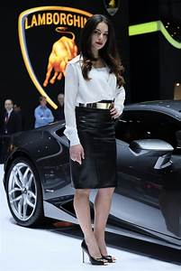 2014 Geneva Motor Show Live - The Girls, The Babes - video ...