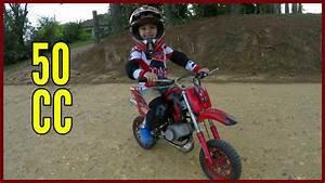 Vidéo De Moto Cross : mini moto a gasolina de trilha ou moto cross piloto de 4 anos youtube ~ Medecine-chirurgie-esthetiques.com Avis de Voitures