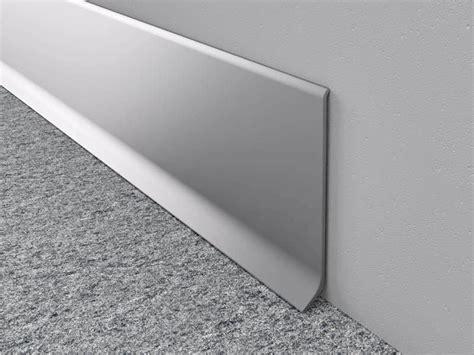 Aluminium skirting board   2,5 meter length   anodised