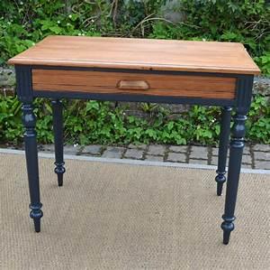 Petite Table Bureau : petite table bureau ancienne aux pieds noirs ~ Teatrodelosmanantiales.com Idées de Décoration