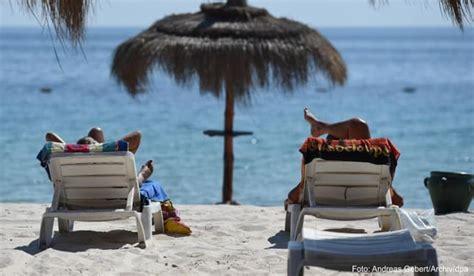 Auch wenn vorher bereits einige hotels für urlauber öffnen, bleibt es bis pfingsten ruhig und beschaulich. Neue Einstufung: Indien, Tunesien und Katar jetzt Corona ...