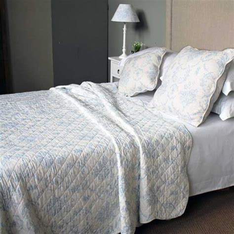 Blue Quilted Bedspread by Antique Blue Toile Quilted Bedspread Bed Bath Home