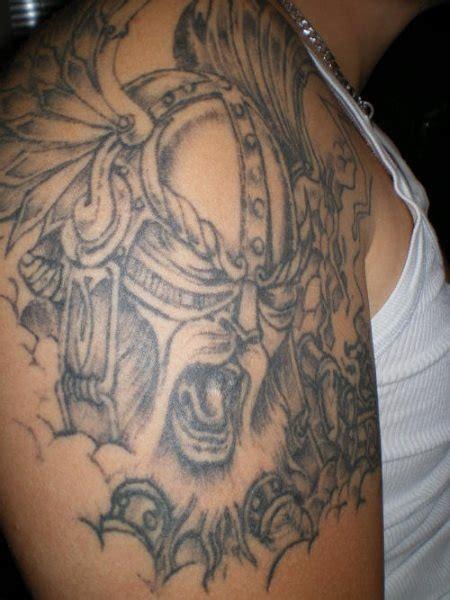 64 Tatouages Vikings Avec Des Symboles Nordiques