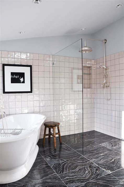 23 Awesome Traditional Bathroom Design Ideas  Interior God